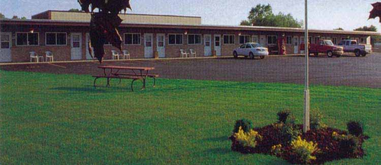 Image of The Dew Drop Inn Motel